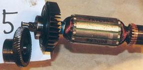 Износ червячной передачи якоря и главной косозубой шестерни