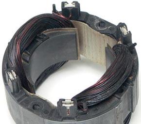 сгоревший статор двигателя циркулярной пил